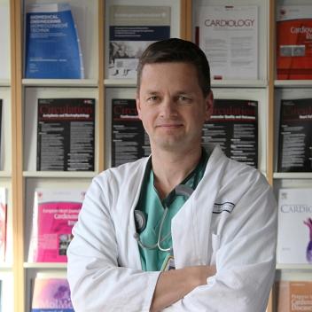 Prof. Dr. Stephan Achenbach