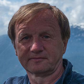 Prof. Dr. Wolfgang Schröder-Preikschat
